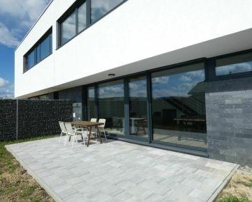 Dizajnový rodinný dom v pokojnej lokalite v Trnave