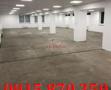 Na prenájom obchodný priestor s parkovacím miestom v Banskej Bystrici