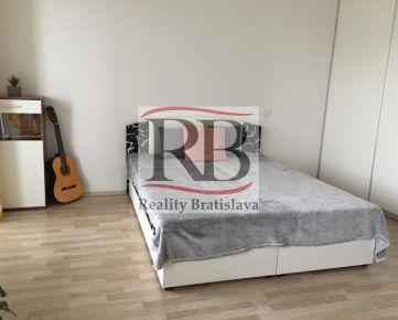 Na prenájom 1 izbový byt na Žltej ulici v Petržalke
