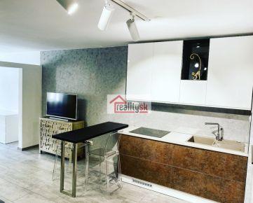 Prenajmem 2-izbový byt v novostavbe v centre Trnavy