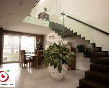 TRNAVA REALITY s.r.o. ponúka luxusný 2 podlažný rodinný dom v Trnave Pekné Pole