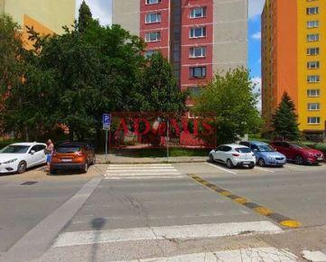 Predám pekný 3-izbový byt 64m2, 2x kumbál, loggia, Klimkovičova ulica, sídlisko KVP Košice