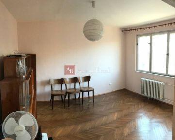 Predaj 2 izb. byt, 58 m2, Sklenárova ul. Bratislava