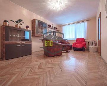 Na predaj veľký 3 izbový byt na Chrenovej -  Videoobhliadka možná !