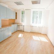 Kancelárie, administratívne priestory 189m2, čiastočná rekonštrukcia