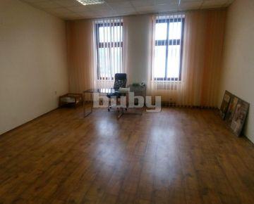 Prenájom Obchodný priestor 31 m2 Žilina Centrum