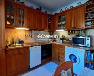 HALO REALITY - Predaj, trojizbový byt Banská Bystrica, Stará Sásová