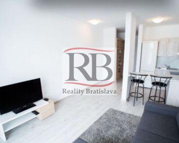 Na prenájom zariadený 1 izbový byt na ulici Zuzany Chalupovej v Petržalke