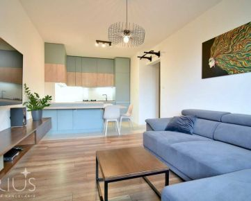 CYPRICHOVA, 2-i byt s TERASOU, 63 m2 – nadštandardná REKONŠTRUKCIA