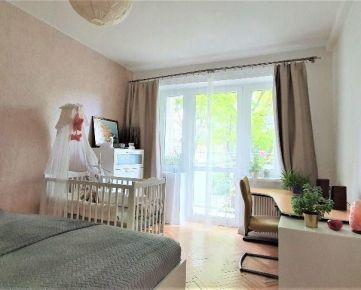 >>>>TOP PONUKA - krásny byt 400m od Štrkovca - TEHLA - výťah - balkón!!!!!