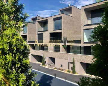Luxusný 4-izbový byt na Kolibe, Bratislava Nové Mesto - veľká terasa, letná kuchyňa, nadčasový dizajn