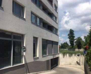Ponúkame do prenájmu garážové státie v novostavbe Malý Dunaj na Kazanskej ulici v Podunajských Biskupiciach