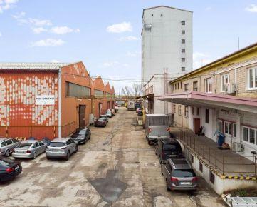 CASMAR RK ponúka na predaj administratívnu budovu so skladom č.5 – priemyselná zóna