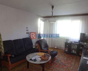 PREDAJ, 3-izbový rekonštruovaný byt, Ľadoveň, Daniela Michaelliho