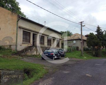 Predaj domu aj na rekreačné účely v obci Sudince 7 km od Kúpelného mesta Dudince .