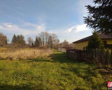 Direct Real - Krásny slnečný pozemok na stavbu rodinného domu