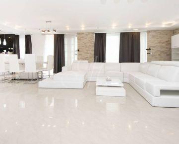 Luxusný 3i byt v rodinnom dome