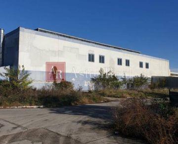 Sklad, autoservis, priestor na prenájom , 2250 m2