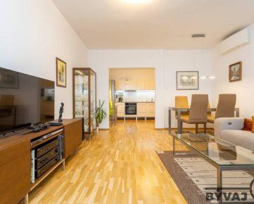 Prenájom 3-izbového klimatizovaného bytu s loggiou a garážou