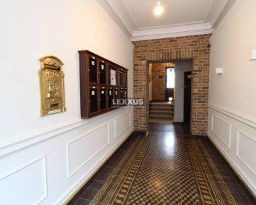 LEXXUS-PREDAJ, výnimočný 4-izbový byt s galériou, historický dom, BA I