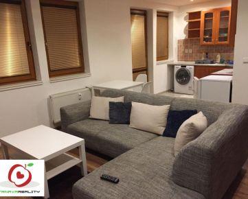 TRNAVA REALITY – ponúka na prenájom  pekný priestranný 2 - izbový byt na ulici J. Bottu v Trnave