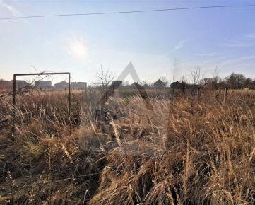 Exkluzívne - Veľký pozemok pri centre NA PREDAJ v obci Tvrdošovce