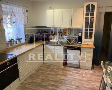 Znížená cena!!!Na predaj rodinný dom v Sučanoch na pozemku o výmere 256m2. CENA: 98 990,00 EUR