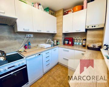 REZERVOVANÝ!!! Pekný 2-izbový byt v obci Boleráz, kúsok od Trnavy, 55,5 m2, 2x balkón, kompletná rekonštrukcia