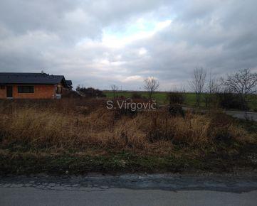 Predaj pekného stavebného pozemku (750 m2) so všetkými IS na výstavbu rodinného domu v obci Častá