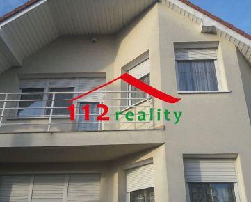 112reality - Na prenájom 5 izbový rodinný dom, s krbom, podpivničený, s dvojgarážou, na bývanie aj pre firmu