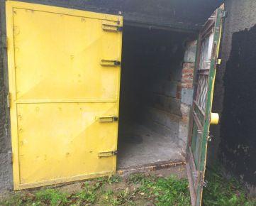 Banská Bystrica, Trieda SNP – murovaná garáž, 20 m2 – predaj