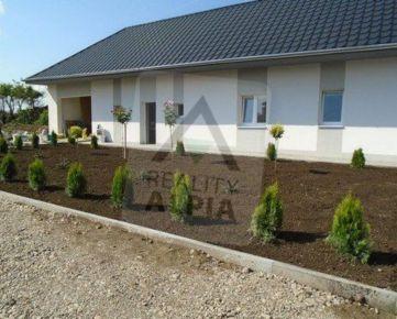 Na predaj krásne zrekonštruovaný rodinný dom v obci Svodín