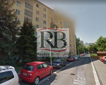 Na predaj 2 izbový byt po kompletnej rekonštrukcií na Martinčekovej ulici v Ružinove, BAII