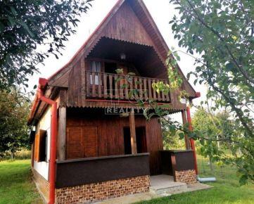 TOP PONUKA-ZNÍŽENÁ CENA!!! Nádherná chata s ovocným sadom v krásnom prostredí neďaleko Podhájskej, 1282m2. CENA: 21 500,00 EUR