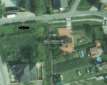 HALO REALITY - Predaj, pozemok pre rodinný dom 327 m2 Podhájska - ZNÍŽENÁ CENA