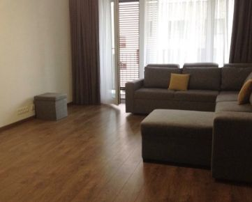 Pekný 2i byt, balkón, 2x parking, Hany Ponickej, Lamač