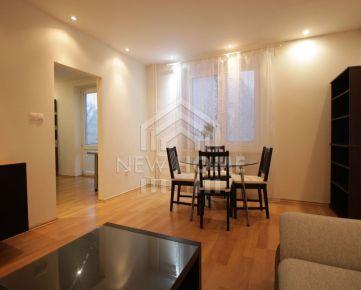 ŠTRKOVEC - 2 izb. byt, malý PSÍK vítaný,  balkón, pivnica, WIFI,  ul. Haburská