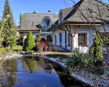 Predaj: Rodinný dom (6 spální, 5 kúpelní, 2garáž, pozemok 2. 140m2)