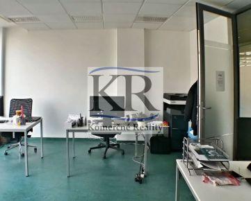 36 m2, Kancelárie s klimatizáciou a terasou na prenájom, Trenčín,