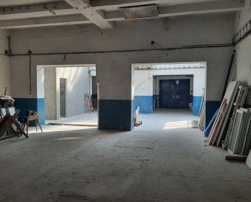 Výrobná hala 237 m2 s parkovacími priestormi Bratislavská ul. Trenčín