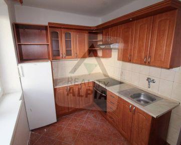 2-izbový byt na predaj, Hrochoť