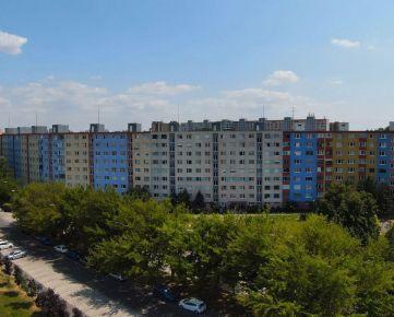 3izb byt s výhľadom na HRAD – Švabinského / PETRŽALKA