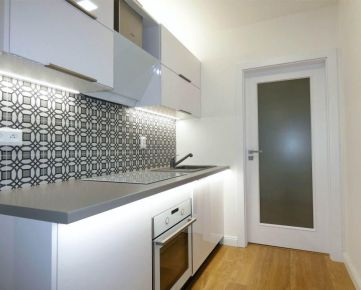 Rekonštruovaný 2-izbový byt na Družbe v Trnave