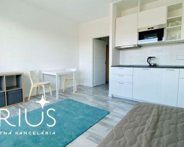 NEW! BLAGOEVOVA, 1-i byt, 30 m2 – rekonštrukcia, LOGGIA, zariadený