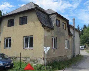 ZNÍŽENÁ CENA - Rodinný dom v Tužine vhodný na rekonštrukciu + pozemok