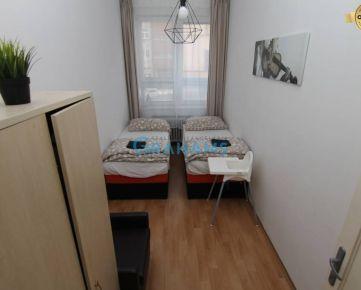 GRAHAMS - PRENÁJOM, izba v 4 izb. byte, Staré Mesto