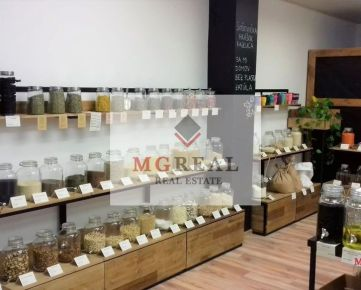 Obchodný priestor 60 m2 v centre Trnavy.