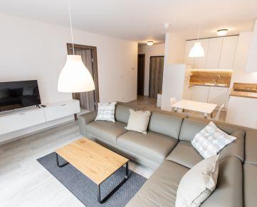 Ponúkame na prenájom nový 2-izbový byt  so šatníkom v Urban Residence.