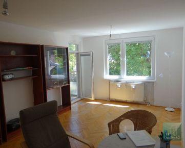 BRATISLAVA II – NA PREDAJ 3 izbový byt + ateliér vo výnimočnej lokalite v RUŽINOVE - v Prievoze