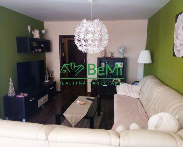 REZERVOVANÉ - Predáme zrekonštruovaný 2 izbový byt s balkónom - Zlaté Moravce (1011-112-AFI)